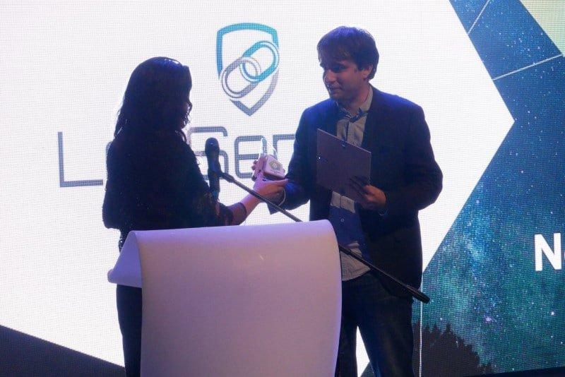 Bozhidar Bozhanov accepting CESA Prize